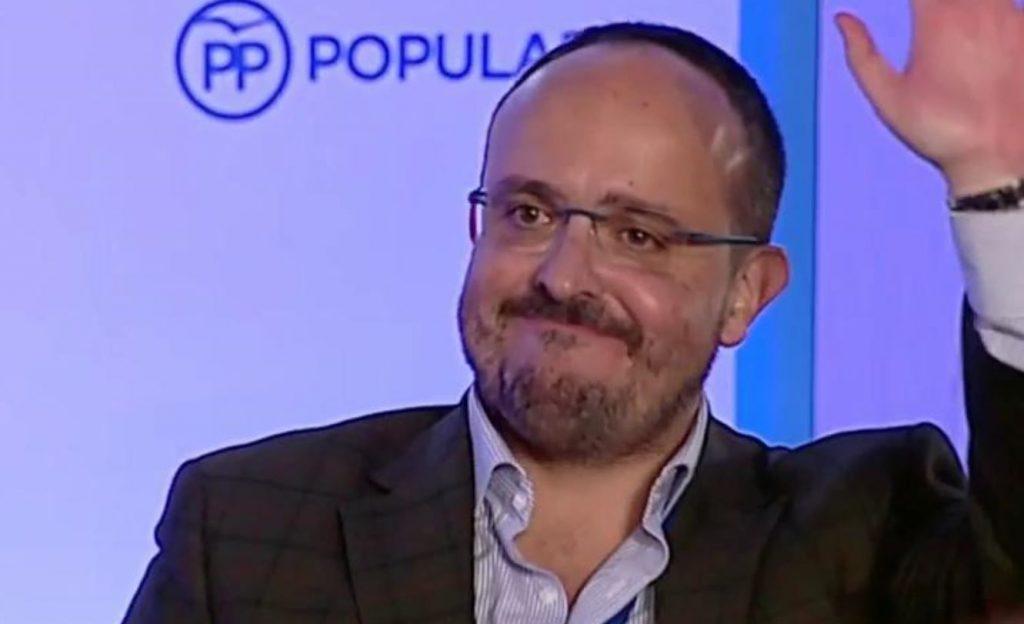 Alejandro Fernández en el Congreso del PPC