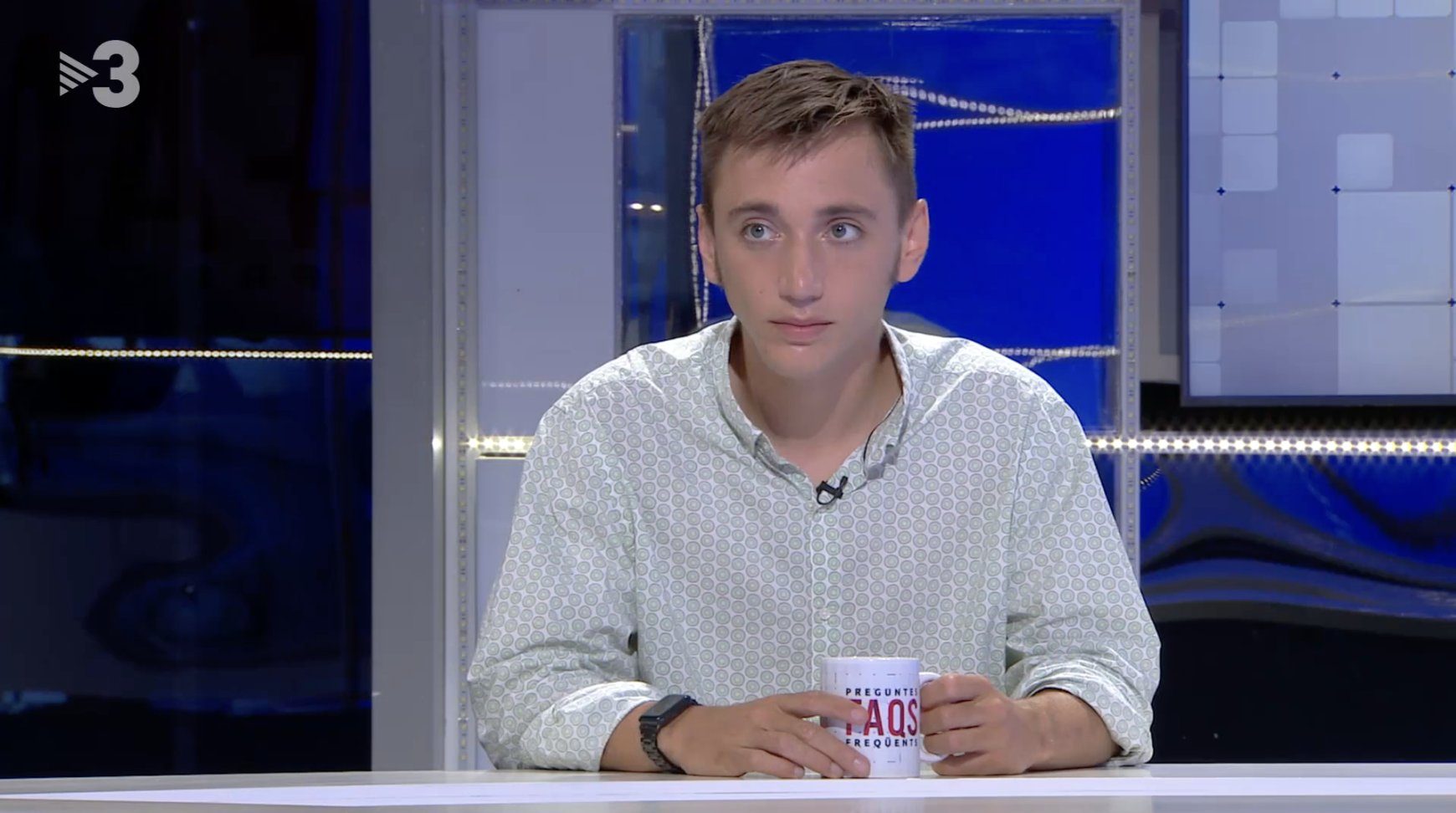 TV3 regala su prime time a un condenado a prisión por agresión a un agente de los Mossos